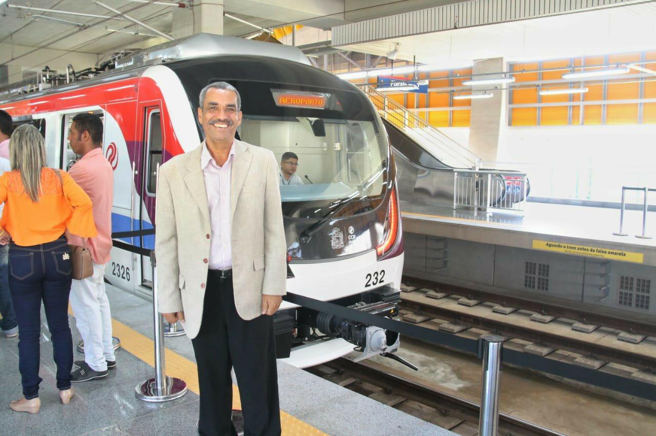Resultado de imagem para com Carlos Martins o metrô virou realidade