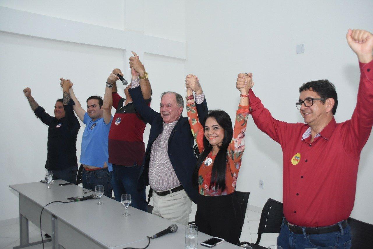 Resultado de imagem para Plenária de Jones Carvalho